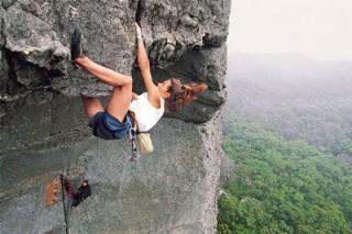 women climbers, greenpeace, shard