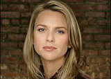 Lara Logan tripped, punched and whipped with flagpoles