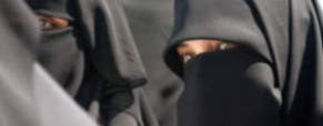 Women arrested in Kuwait for being naked under abayas