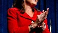 Sarah Palin urges women to seek purpose in Christ